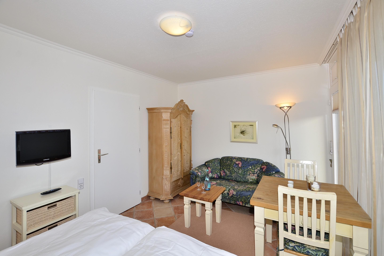 ferienwohnung kg kg27 westerland sylt wiking sylt. Black Bedroom Furniture Sets. Home Design Ideas